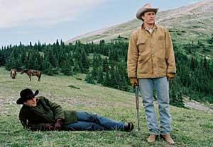 Jake Gyllenhaal Heath Ledger Hugging Brokeback Mountain